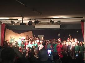Τέλος Χριστουγεννιάτικης παράστασης